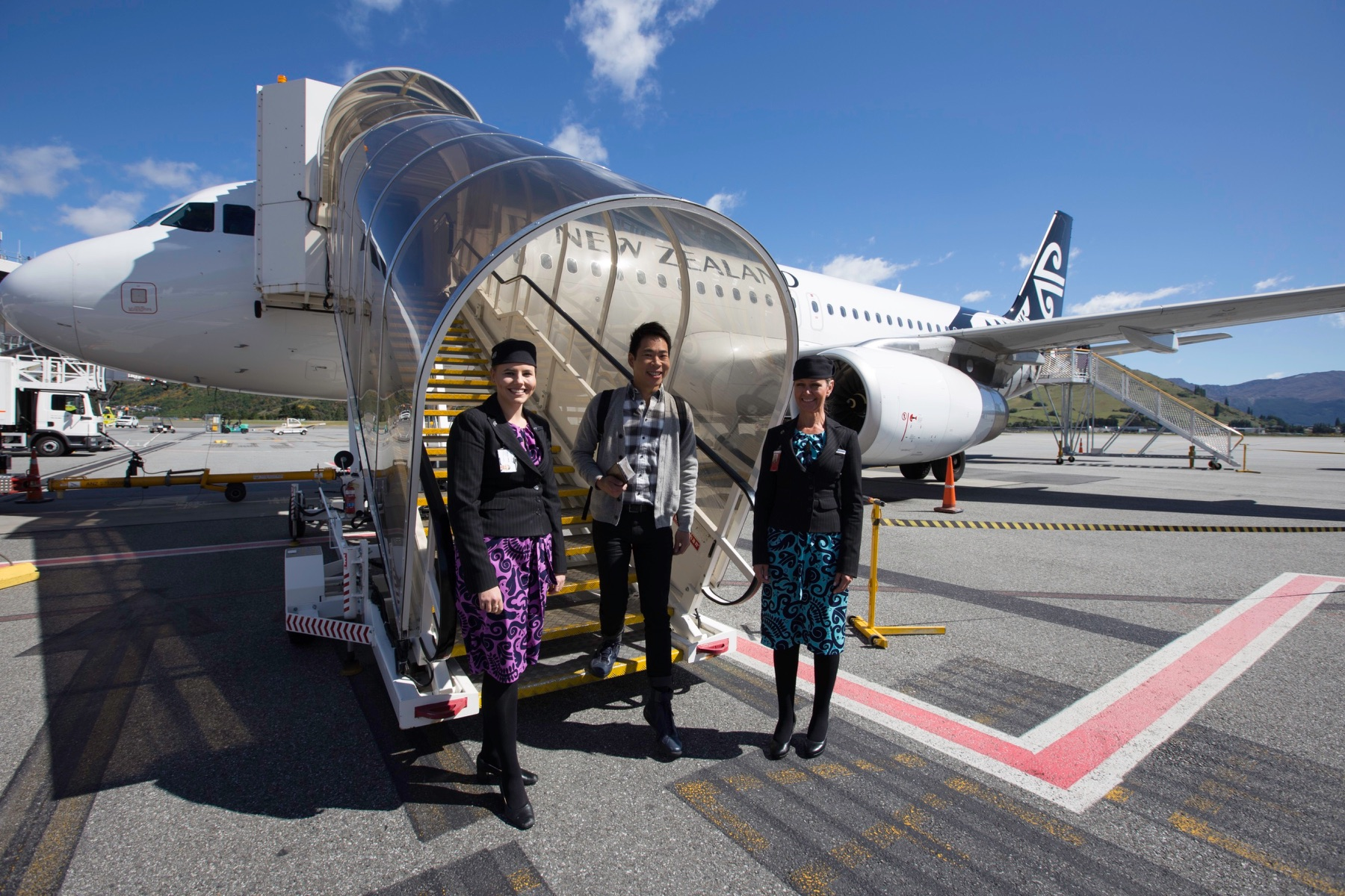 Have fun and fly to New Zealand with Chua Enlai - Alvinology