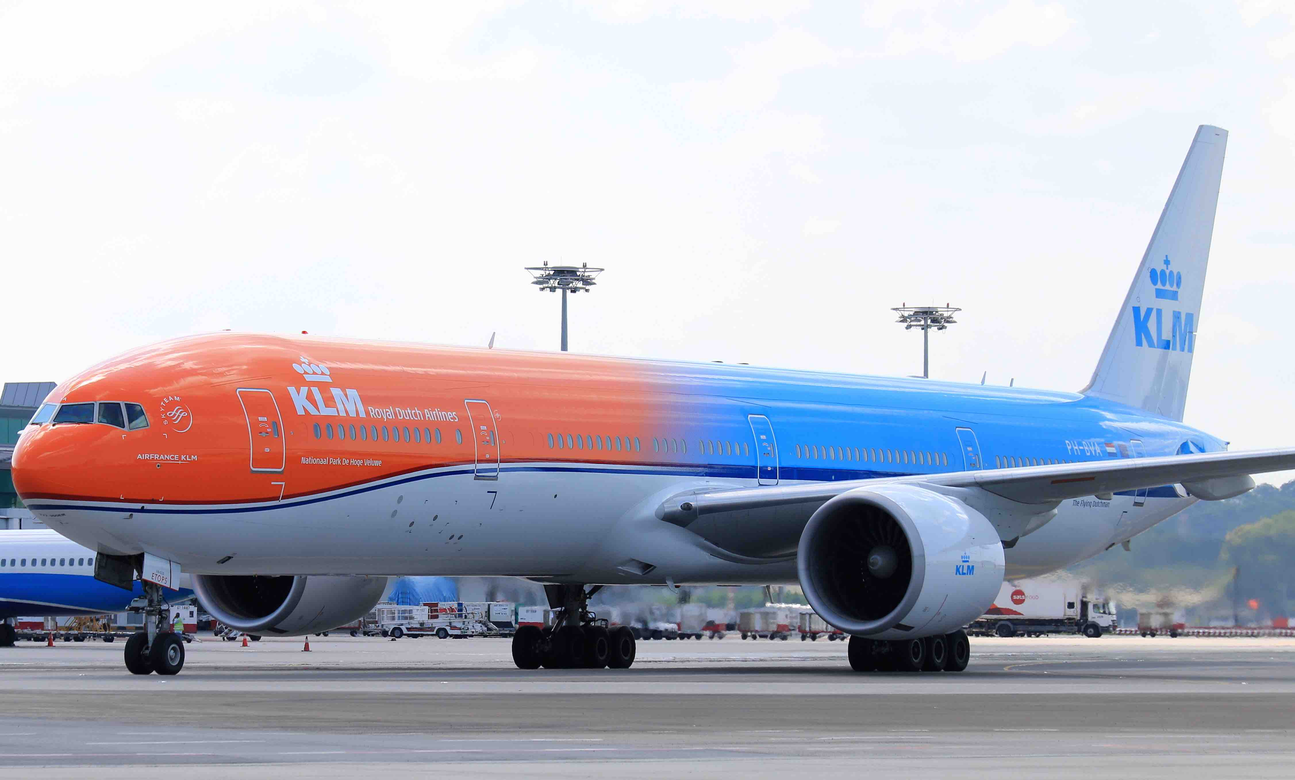 #Orangepride: KLM's Unique Orange Aircraft to  Promote the Netherlands in Singapore