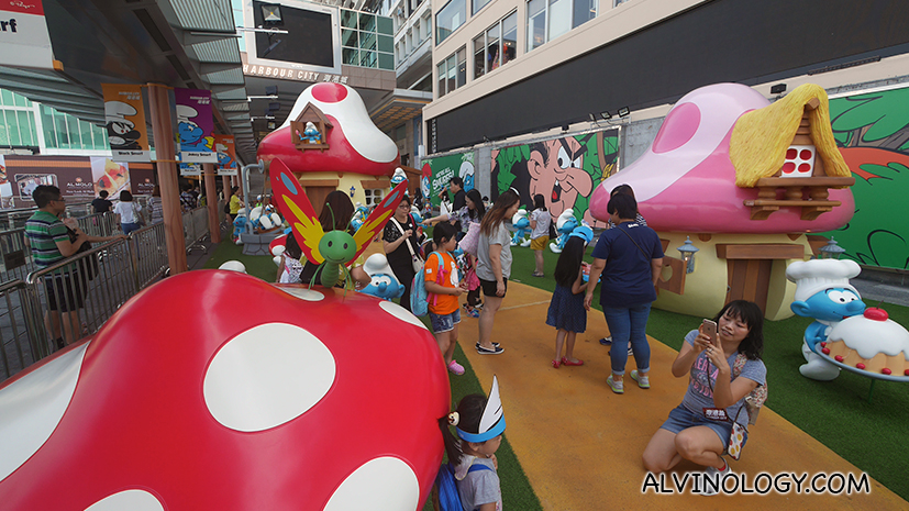 hk-the-smurfs-harbourcity-25