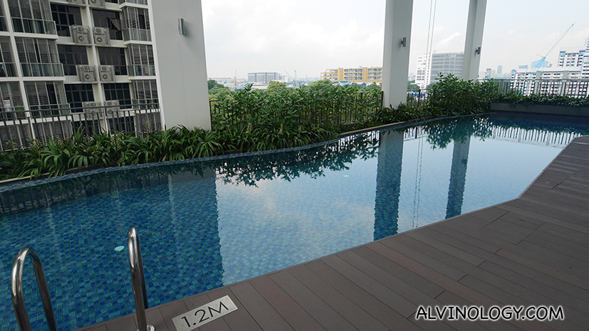 Private pool on level 7 for Oasia Residence guests only