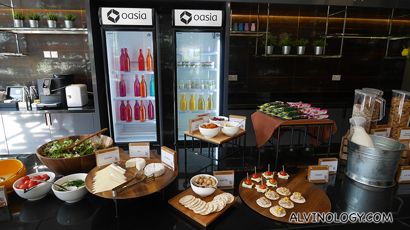 Breakfast and snack area
