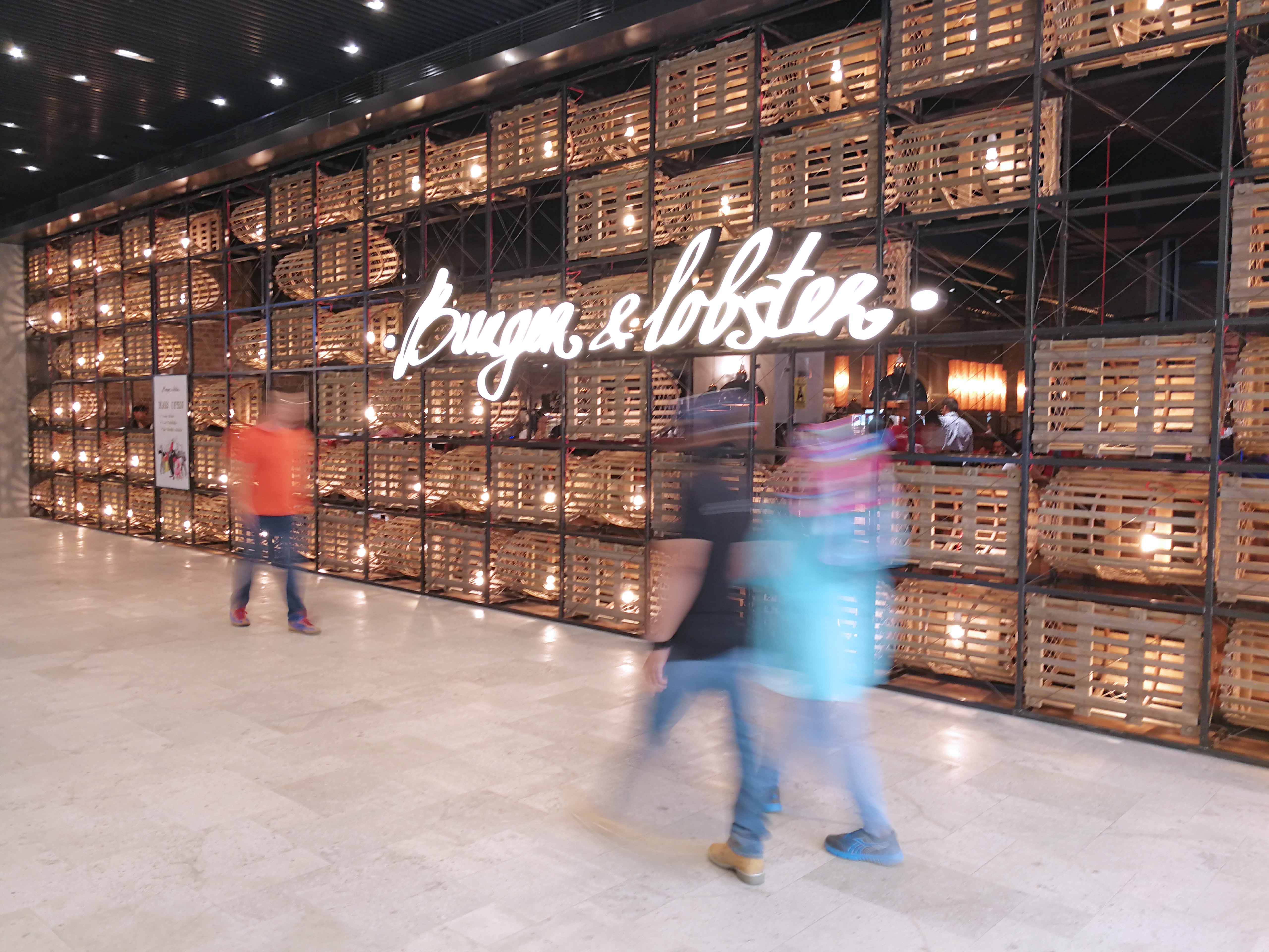 First-Ever Burger & Lobster Outlet In Southeast Asia Now at Resorts World Genting - Alvinology