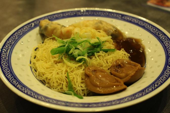 A Taste of Hong Kong's delight – Mak's Noodle and Honolulu Café - Alvinology