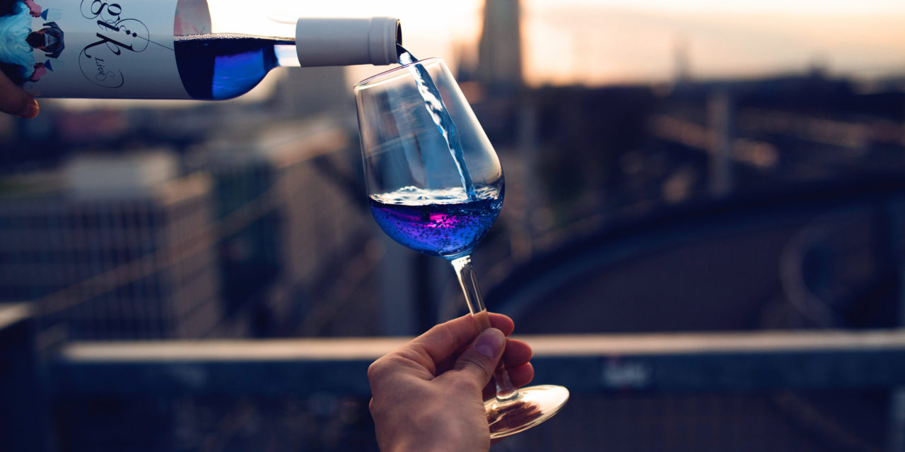 What You Should Know About Blue Wine, Blue Prosecco And Green Wine