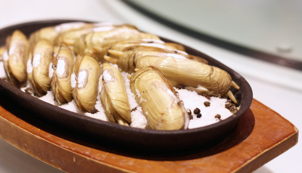 Why You Got To Try These 7 Fresh And Succulent Clam Dishes At One Michelin-Starred PUTIEN - Alvinology