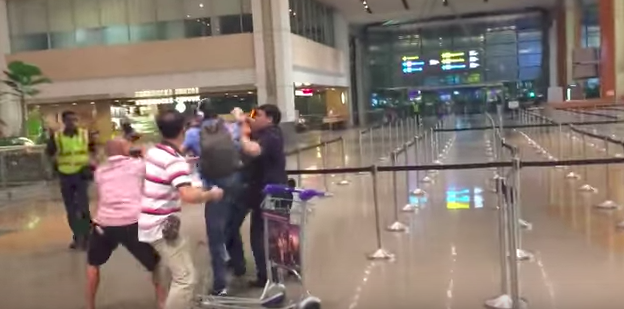 Australian man potentially faces caning in Singapore, netizens' reactions are surprisingly positive - Alvinology