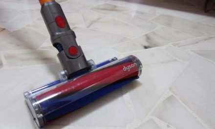 Dyson V8 Fluffy: A family friendly vacuum cleaner