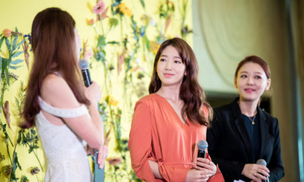 Mamonde ambassador Park Shin Hye captivates crowd at Mamonde Tangs Vivocity