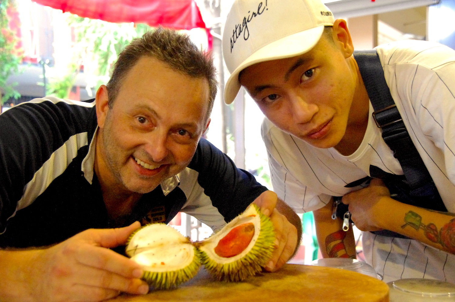 Ang Moh man opens Thai durian stall in Queen Street - Alvinology