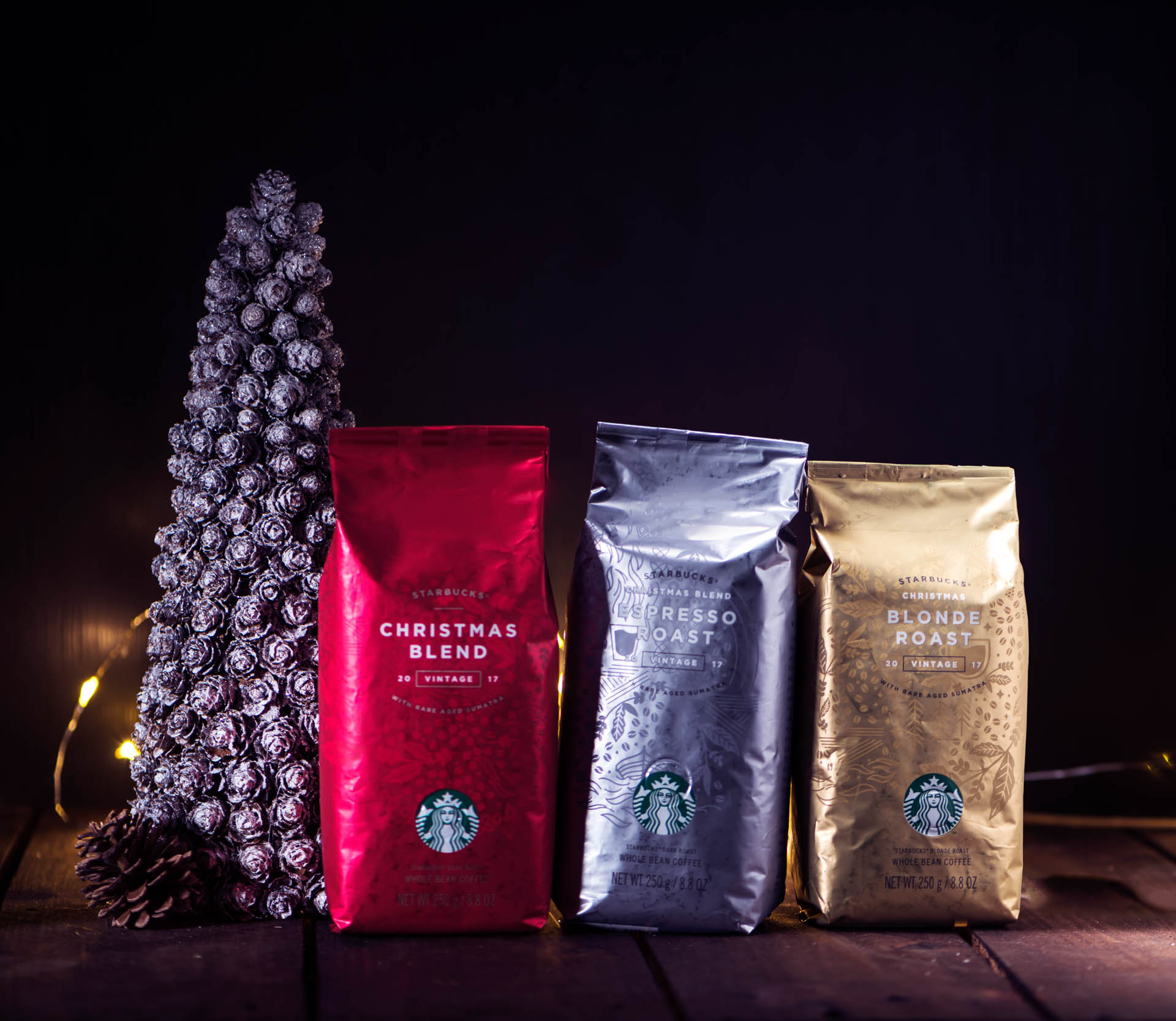 Singapore is first to get the Starbucks Christmas drinks this year--with new flavors Vanilla Nougat and Joyful Medley Tea! - Alvinology