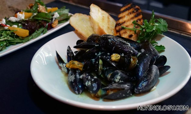 Mussels are available at Morton's The Steakhouse for their Autumn menu