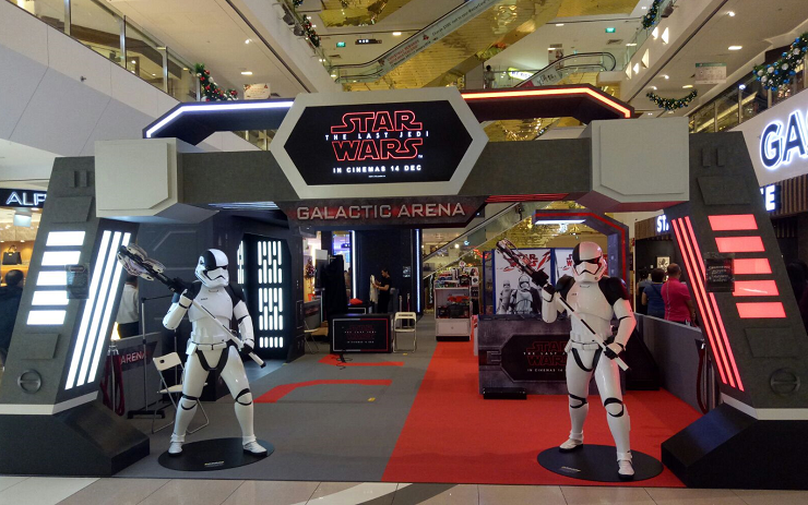 STAR WARS Celebrates Christmas at Frasers Centrepoint Malls - Alvinology