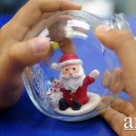 Learn how to make snow globes, bake cookies and more from just $40 per parent-child pair with the PA School Holidays Series