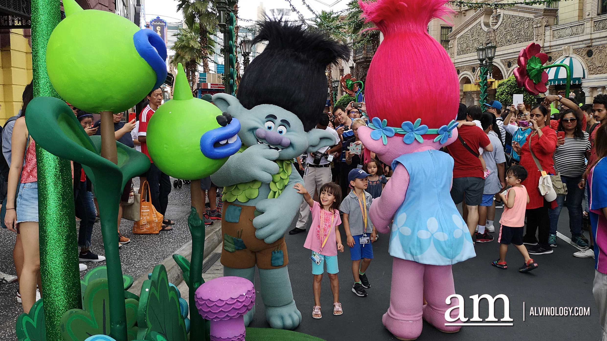 The Trolls have invaded Universal Studios Singapore to create a TrollsTopia - Alvinology
