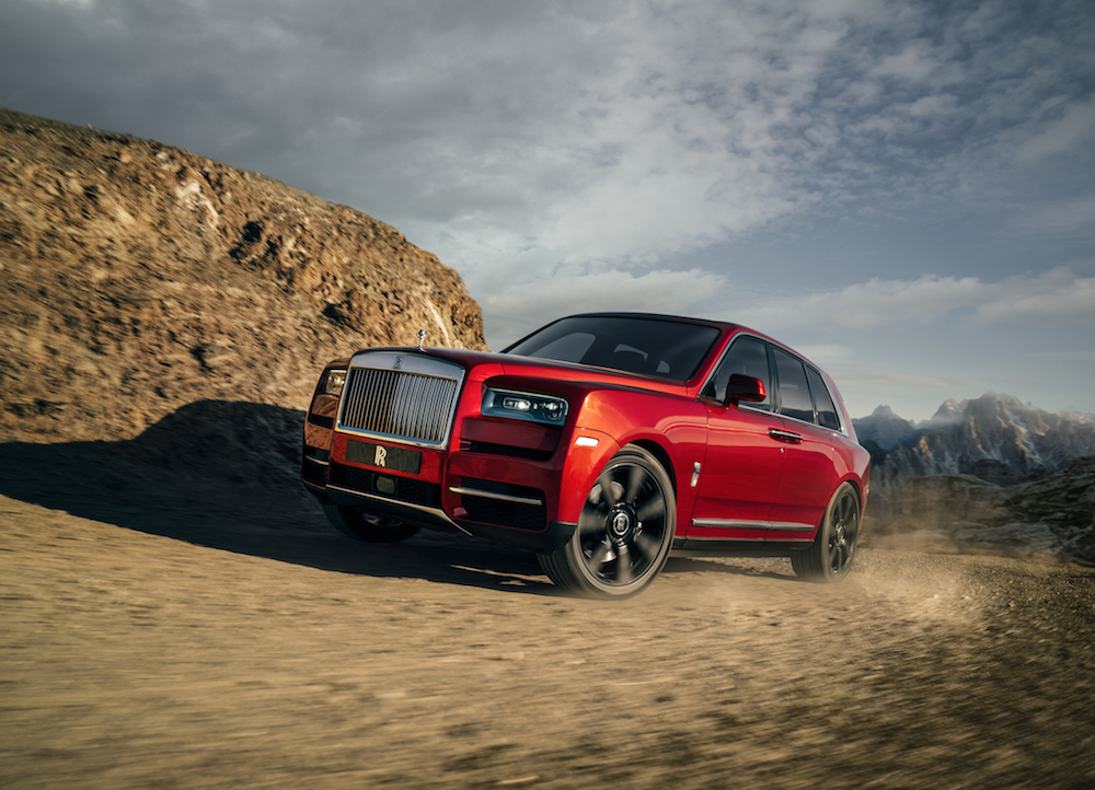 Travel in style and luxury with the Rolls-Royce Cullinan - Alvinology
