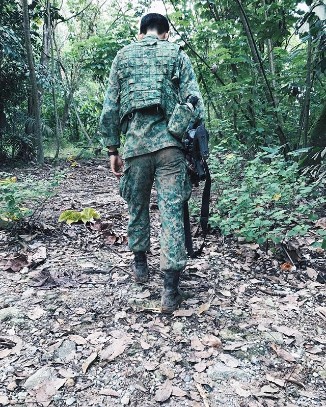 Did Darel Aiden Yow's brother, Craven Yow, post SAF training photos on Instagram and admit his brother made a mistake? - Alvinology