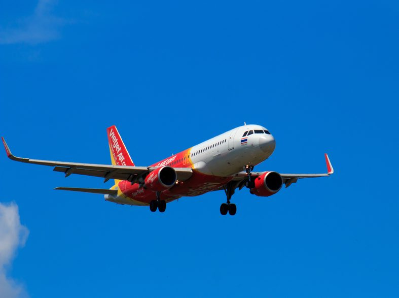 Vietjet offers 1 million promotional tickets and welcomes new routes to Osaka (Japan) and Siem Reap (Cambodia) - Alvinology