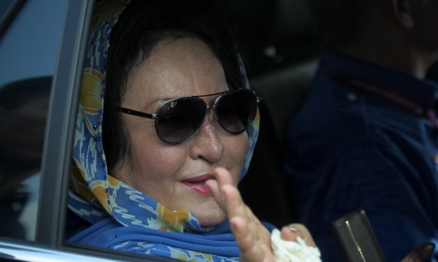 International jeweller sues Rosmah Mansor for jewellery she allegedly hasn't returned amounting to $20 million