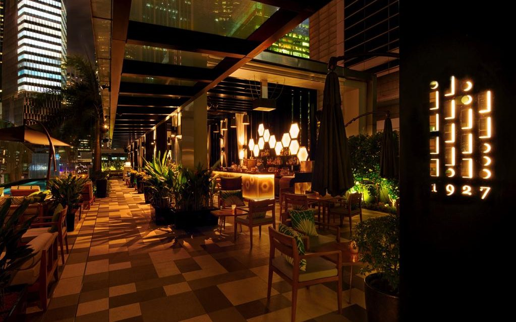Old-world charm meets tropical chic at 1927 – SO/ Sofitel Singapore's new rooftop pool & bar