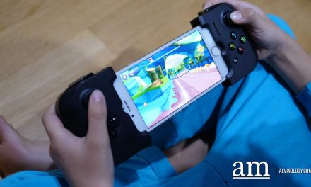 Convert your smartphone into a portable gaming device with Gamevice