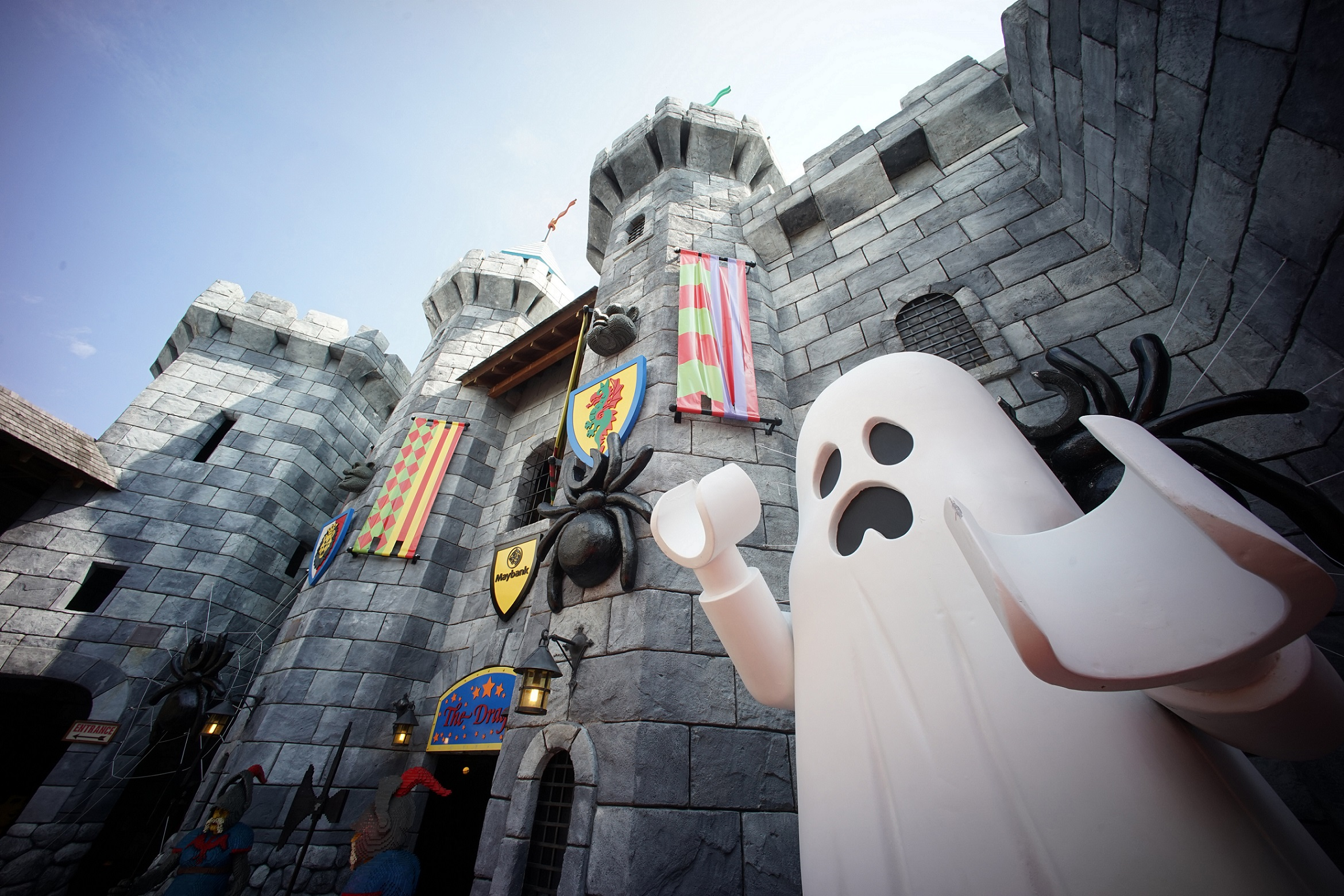 Kids dressed in Spooky Halloween Costume gets FREE Entry to LEGOLAND Malaysia in October and More! - Alvinology