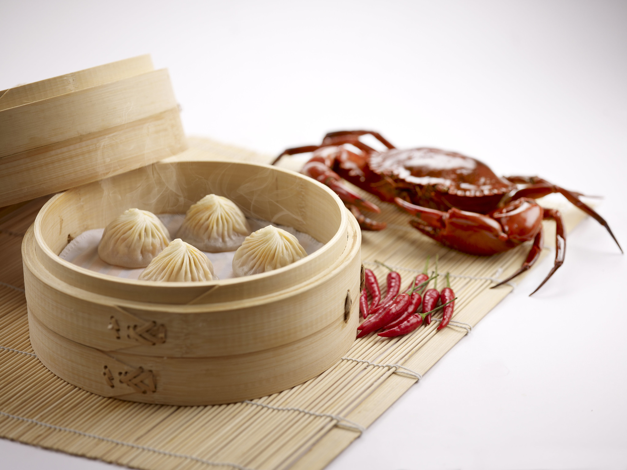 Din Tai Fung brings back Steamed Chilli Crab & Pork Xiao Long Bao for National Day - Alvinology