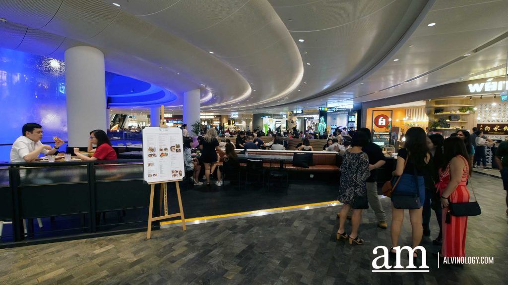 Shoes, Handbags and Food can Go Together - Only at PAZZION Café at JEWEL Changi Airport - Alvinology