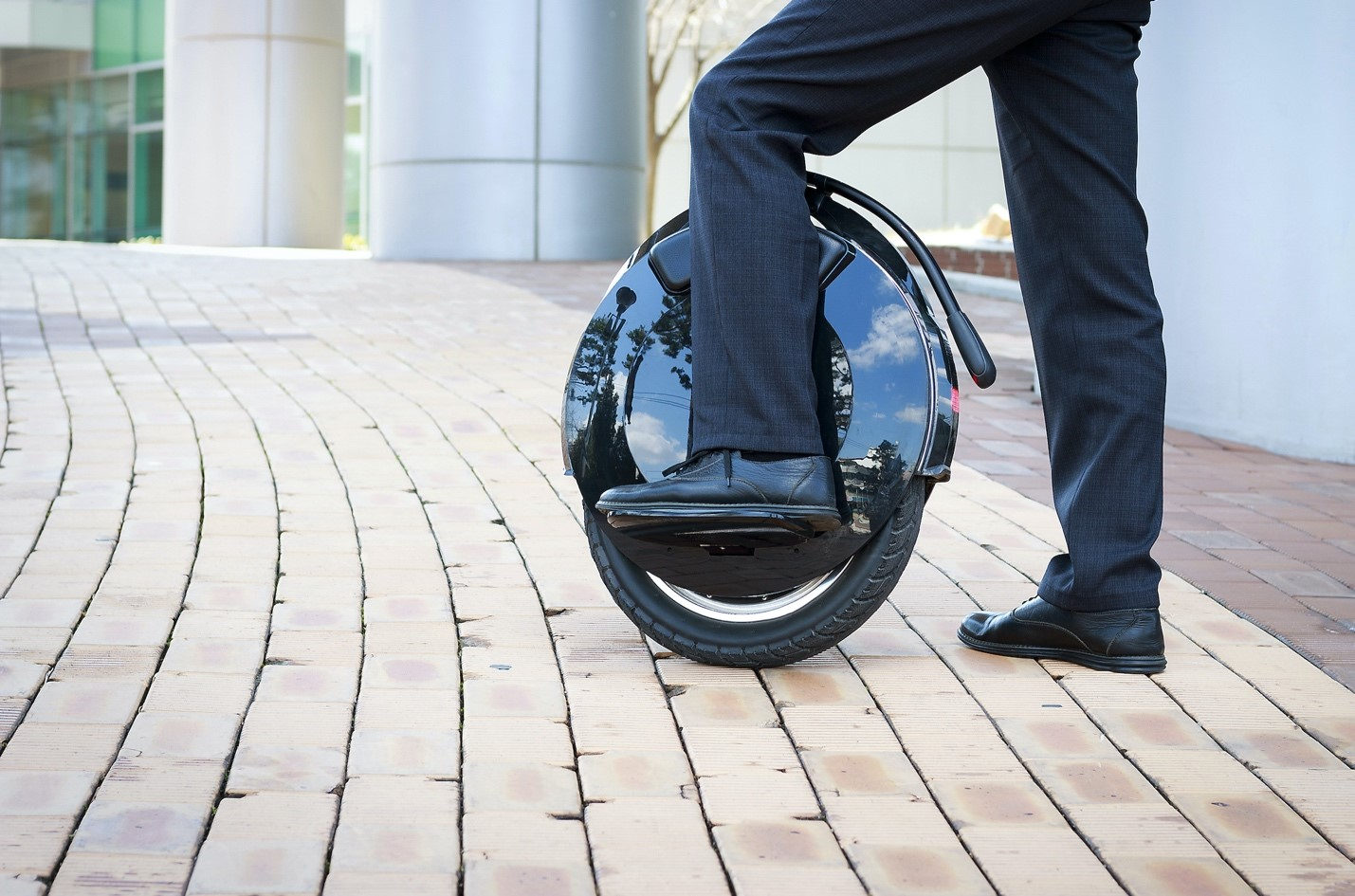 Electric unicycles - the future of last-mile transportation? - Alvinology
