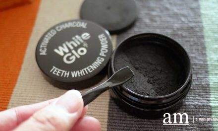 Pearly White Teeth with White Glo Singapore