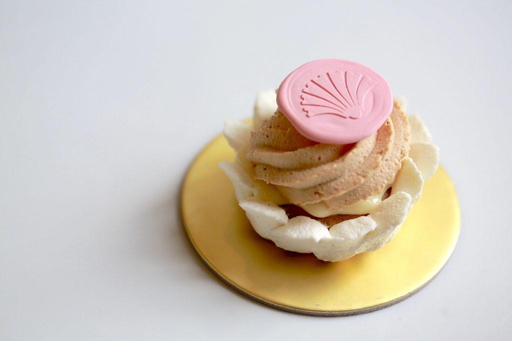 [Review] Cakes of Versailles High Tea Menu by 2am: dessertbar, Janice Wong - Alvinology