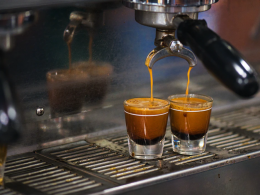 How To Buy An Espresso Machine That Won't Break The Bank - Alvinology
